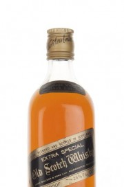 Johnnie Walker 12 Year Old Black Label - early 1970s Blended Whisky